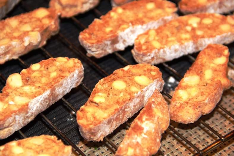 migdoliniai sausainiai 2